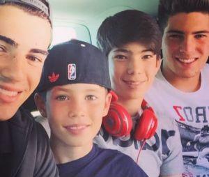 Luca Zidane entouré de ses frères Enzo, Elyaz et Théo