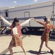Erin Maya Darke s'éclate sur le tournage de Good Girls Revolt