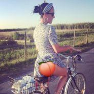 Katy Perry en vacances en France avec Orlando Bloom : elle dévoile fièrement sa culotte  🤗