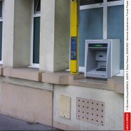 Il oublie 150 euros à un distributeur, un SDF lui ramène