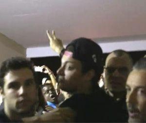 Kev Adams en flippe face à des fans hystériques dans le documentaire Kev Adams autour du monde