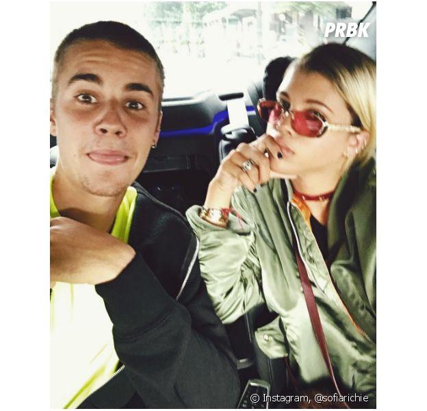 Justin Bieber Sofia Richie S Offre Le Meme Tatouage Que Lui