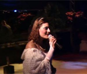 Julie (Koh Lanta 2016) chante du Disney dans une vidéo datant de 2010
