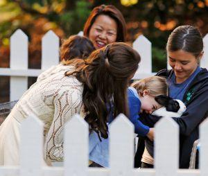 La Princesse Charlotte et un lapin au Canada le 30 septembre 2016