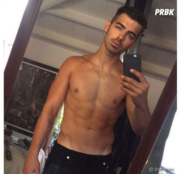 Joe Jonas : l'ex Jonas Brothers confie avoir été accro au porno quand il avait l'anneau de pureté.