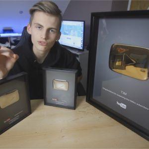Tim reçoit le Gold Play Button de YouTube et remercie ses fans
