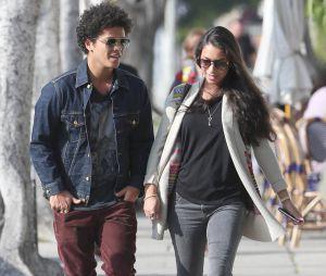 NRJ Music Awards 2016 : Bruno Mars ne serait plus un coeur à prendre.