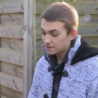 SOS Ma famille a besoin d'aide : Pascal Soetens fait appel à une chanson de JUL pour calmer un jeune