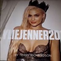 Kylie Jenner sort son calendrier sexy : des photos très hot signées Terry Richardson