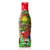 Mika sur la nouvelle bouteille de Coca-Cola