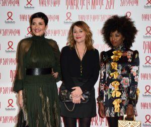 Cristina Cordula, Daniela Lumbrosoet Inna Modja auDîner de la mode contre le sida à Paris le 26 janvier 2017