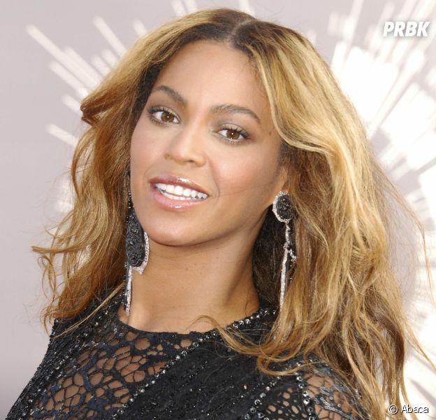 Beyoncé enceinte de jumeaux : la chanteuse va-t-elle annuler sa venue au festival de Coachella ?