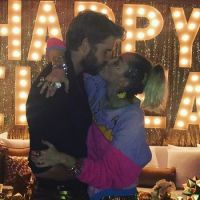 Miley Cyrus mariée à Liam Hemsworth en secret ? La photo qui enflamme la Toile (MAJ)