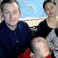 Interrompu par ses enfants en pleine interview, l'expert de la BBC s'explique après le buzz