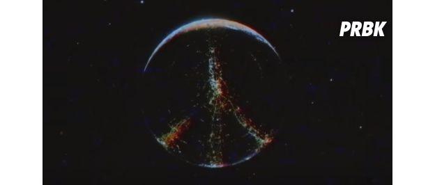Le signe Peace apparaît à la fin du clip de Lana Del Rey