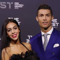 Cristiano Ronaldo et Georgina Rodriguez : mains baladeuses pour leur 1ère photo de couple Insta