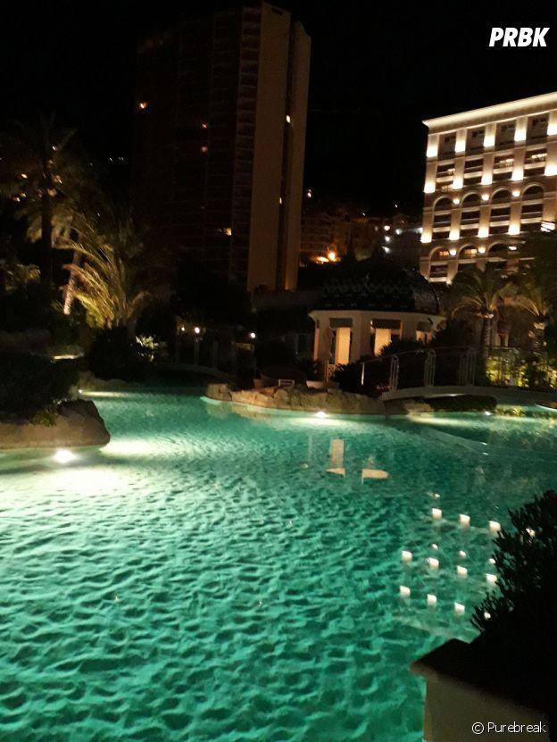 La piscine en sable naturel du Monte Carlo Bay