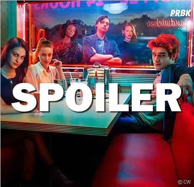 Riverdale saison 2 : qui se cache sous la cagoule ? Découvrez une théorie
