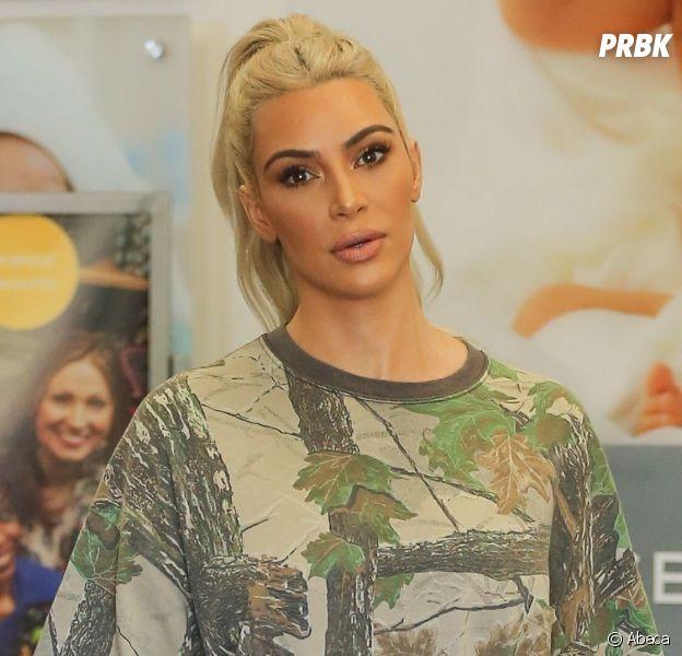 Kim Kardashian traumatisée par le bad buzz de ses fesses, elle est à bout de nerfs !