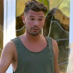 Kevin (Les Marseillais) refuse l'ultimatum de Carla, il se fait lyncher