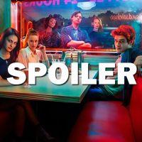 Riverdale saison 2 : quand va-t-on découvrir qui est le mystérieux tueur cagoulé ?