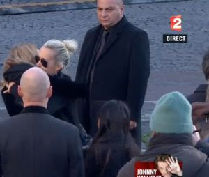 Obsèques de Johnny Hallyday : sa femme Laeticia et ses enfants en larmes