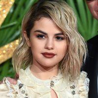 Selena Gomez n'est plus blonde, elle a déjà changé de couleur de cheveux