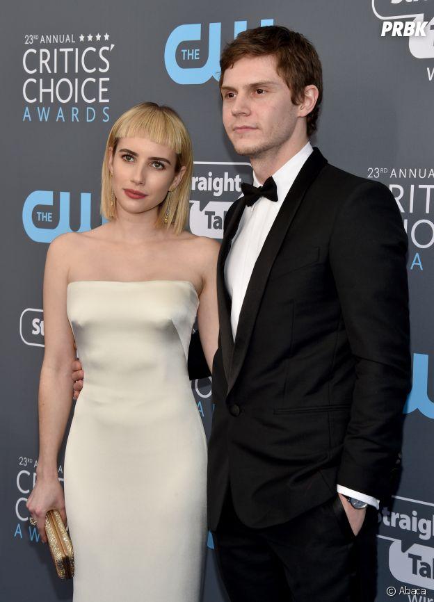 Emma Roberts en couple avec Evan Peters