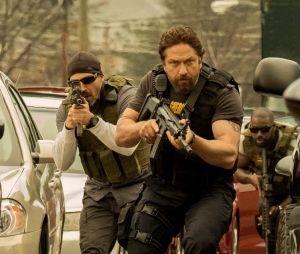 Criminal Squad : Gerard Butler, flic enragé face à des braqueurs spectaculaires dans le trailer