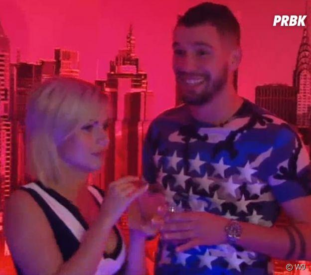 Les Marseillais Australia : Carla fait une crise de jalousie à Kevin dès le premier soir de l'aventure !