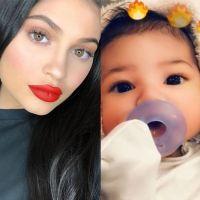 Kylie Jenner dévoile le visage de sa fille Stormi en vidéo