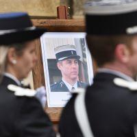 Arnaud Beltrame : stars et anonymes rendent hommage au héros de l'attentat de Trèbes