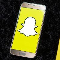 Snapchat : les stories de vos potes de nouveau à droite ?