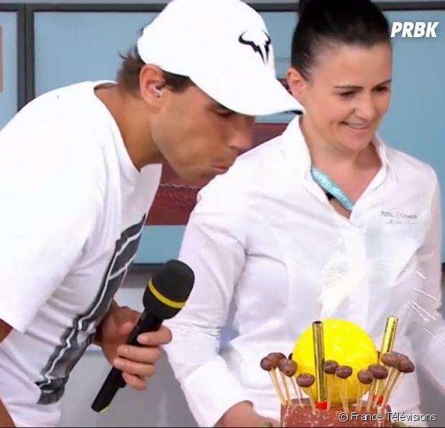 """Roland Garros : le public interrompt un match pour chanter """"Joyeux anniversaire"""" à Rafael Nadal"""
