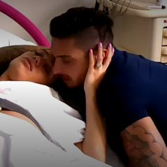Julien Tanti en pleurs pendant l'accouchement de Manon, les premières images de leur documentaire