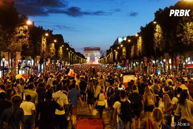 La folie à Paris sur les Champs Elysées après la victoire des Bleus lors de la demi-finale France/Belgique le 10 juillet 2018