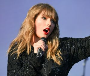 Taylor Swift serait en couple avec un acteur anglais, ça semble se confirmer.