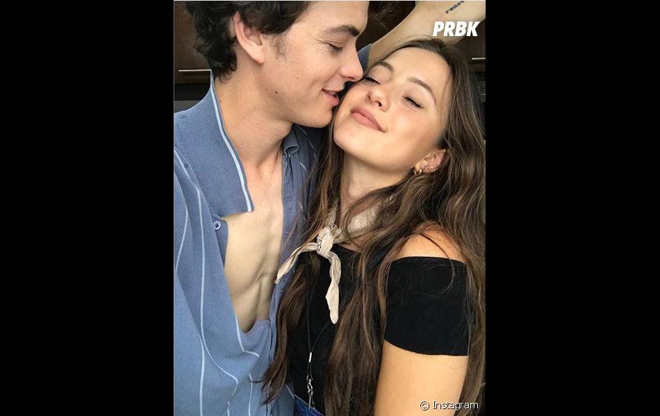 Israel Broussard (À tous les garçons que j'ai aimés) en couple avec une Française