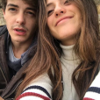 Israel Broussard (À tous les garçons que j'ai aimés) en couple avec Keana Marie, une actrice français