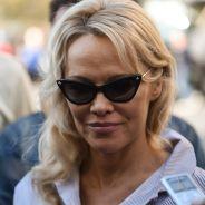 Pamela Anderson s'enferme dans une cage pour la bonne cause