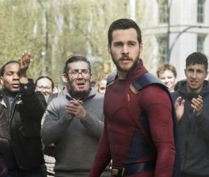 Supergirl saison 4 : Chris Wood quitte la série