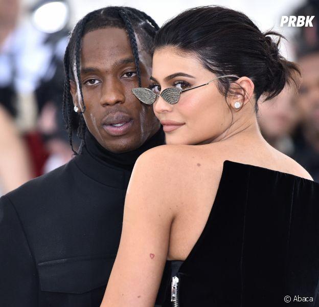 Kylie Jenner et Travis Scott parents : leur 1ère photo de famille avec Stormi