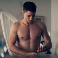 Pierre Niney : son impressionnante prise de muscles pour son prochain film réchauffe ses abonné(e)s