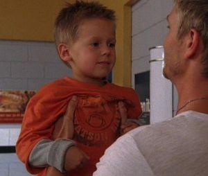 Jackson Brundage dans sa première scène dans la saison 5 des Frères Scott