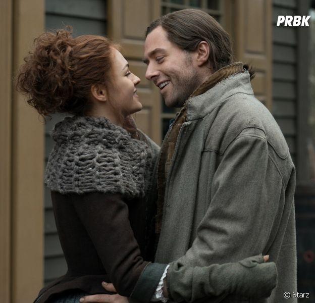 Outlander saison 4 : Sophie Skelton (Brianna) et Richard Rankin (Roger) en couple dans la vie ?