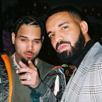 Drake bientôt en duo avec Chris Brown ? Les fans en colère 😡