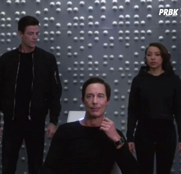 The Flash saison 5 : deux incohérences sur Thawne et Nora expliquées