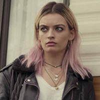 """Emma Mackey (Sex Education) : les réseaux sociaux et la célébrité ? """"C'est un peu bouleversant"""""""