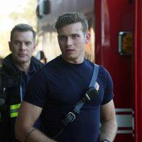 9-1-1 saison 1 : Oliver Stark (Buck) a failli être pompier dans la vie