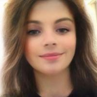 Avec le filtre Snapchat qui transforme en fille, ce garçon cartonne sur Tinder